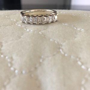Jewelry - Princess cut diamond band
